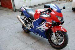 HondaCBR600F41999 09