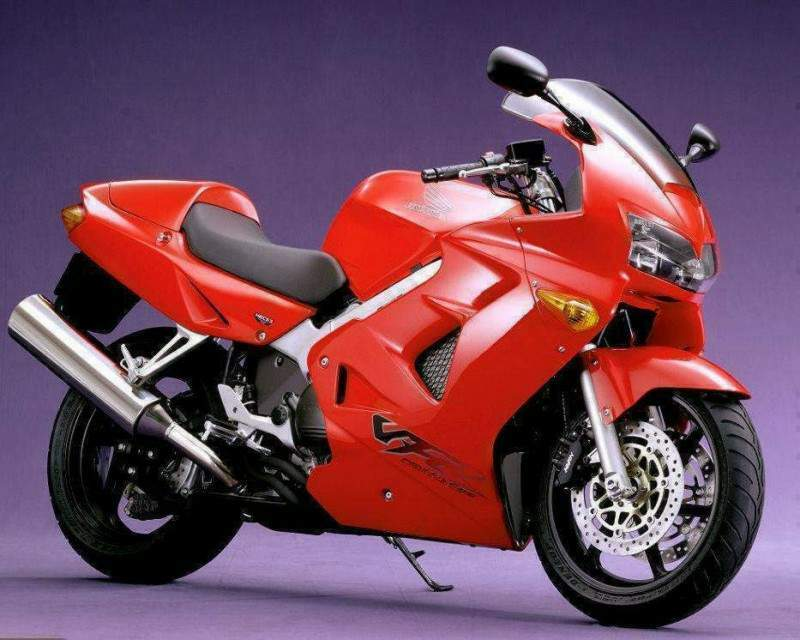 Honda%20VFR800%2098%207.jpg