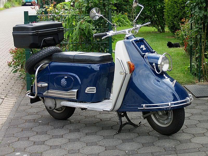 800px-Heinkel_Tourist_175_Bj_1956_1.jpg