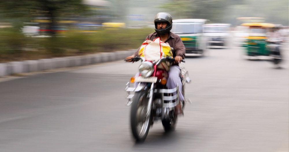 bike-fast-man-67191.jpg