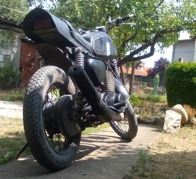 mz ts 251 custom.jpg