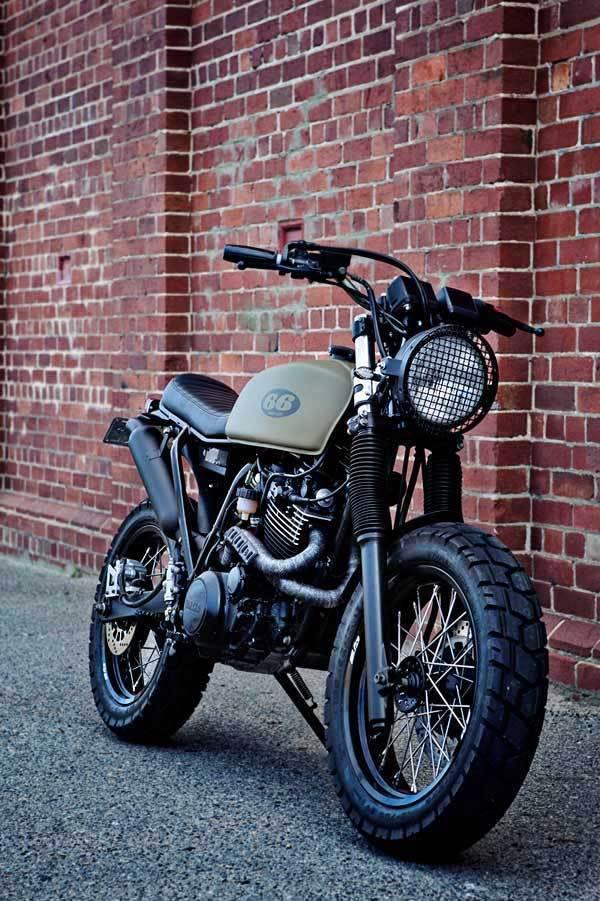 66_Motorcycles_xt600_002.jpg