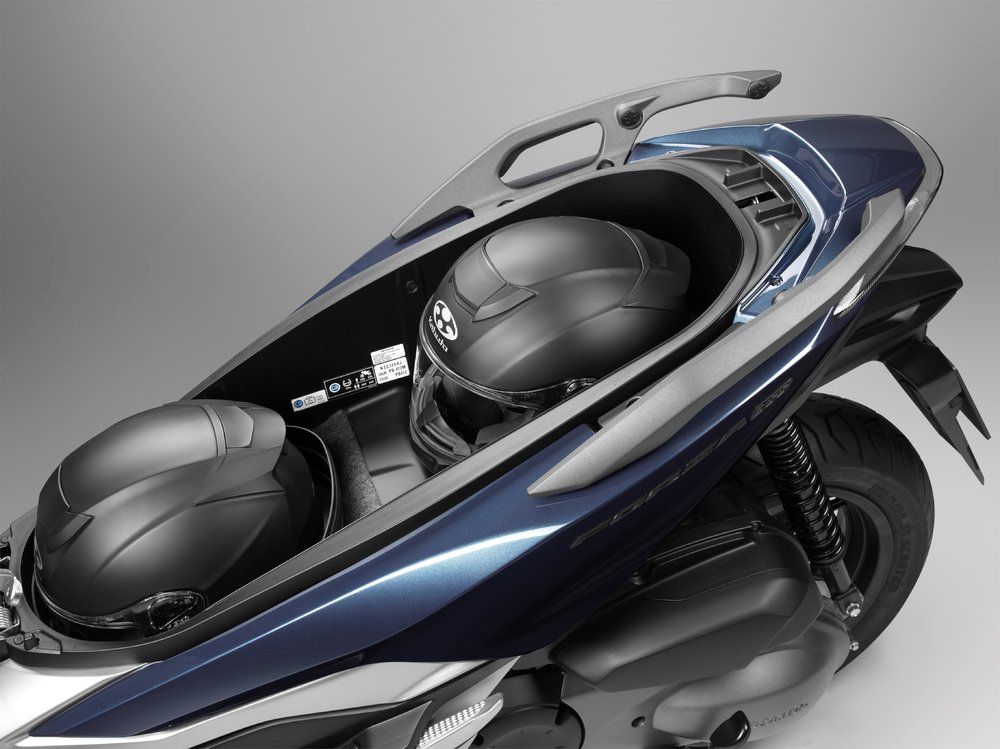 127260_Honda Forza 300.jpg