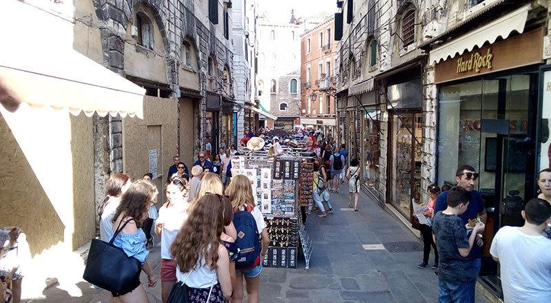 309-Venecia.jpg.0d3e55129f12c766077e6433eafe9d1d.jpg