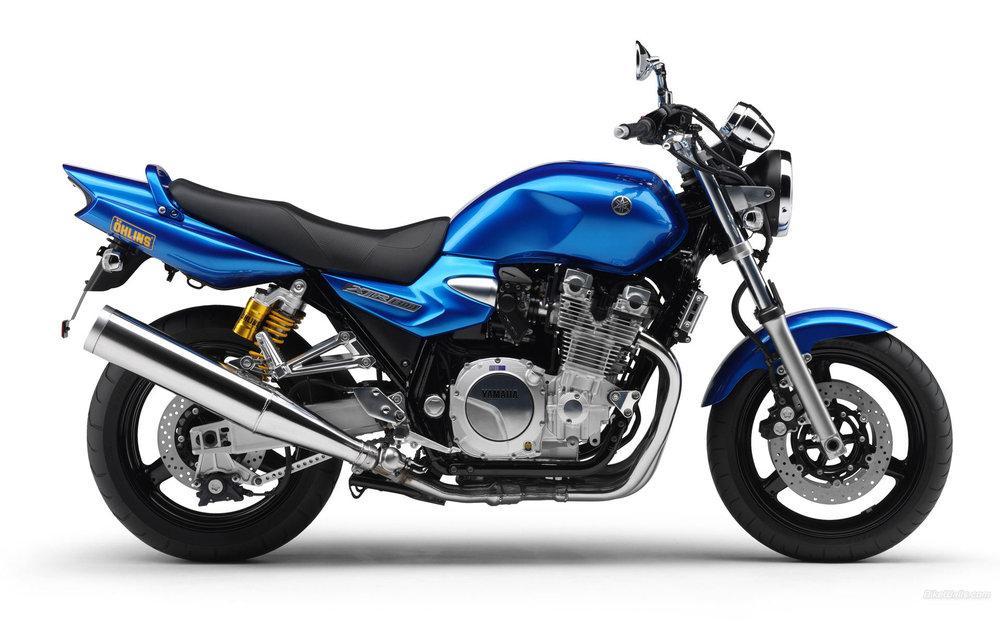 Yamaha__XJR1300_2007_01_1920x1200.jpg
