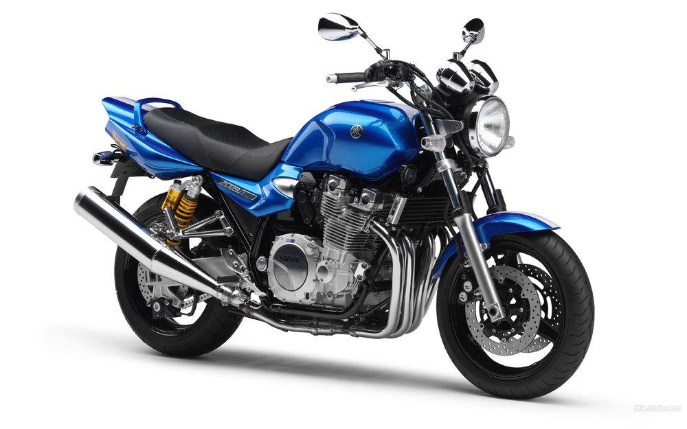 Yamaha__XJR1300_2007_03_1920x1200.jpg