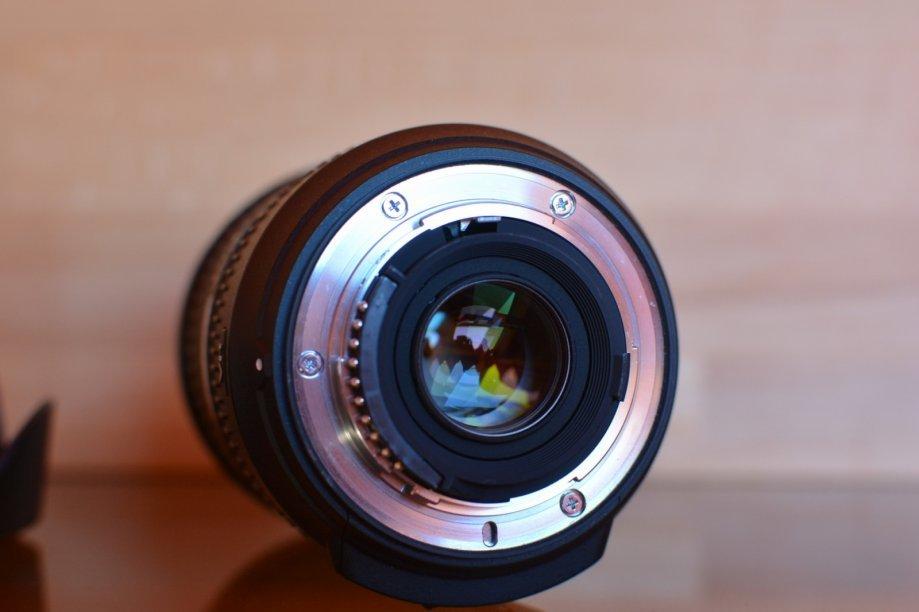 Nikkor 18-200 VR II (2).jpg