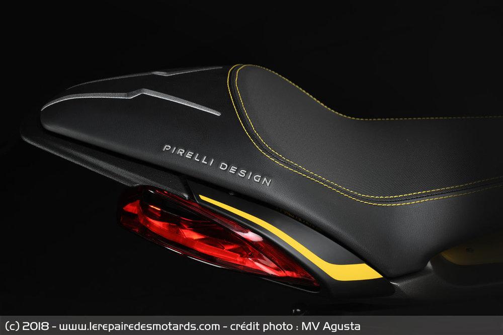 mv-agusta-dragster-800-rr-pirelli-selle_hd.thumb.jpg.39472fbcd13944bd9a6f526aba2dc84b.jpg