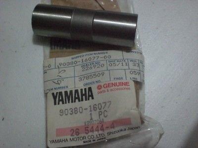 Yamaha-Nos-Tt350-Yz125-250-465-490-It175-200-465-490-Bush-Solid-90380-16077.jpg