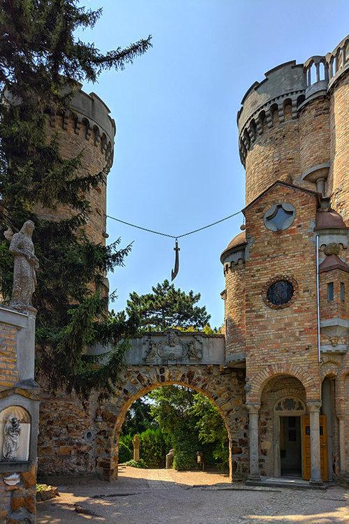Szekesfehervar Bory Castle 13.jpg