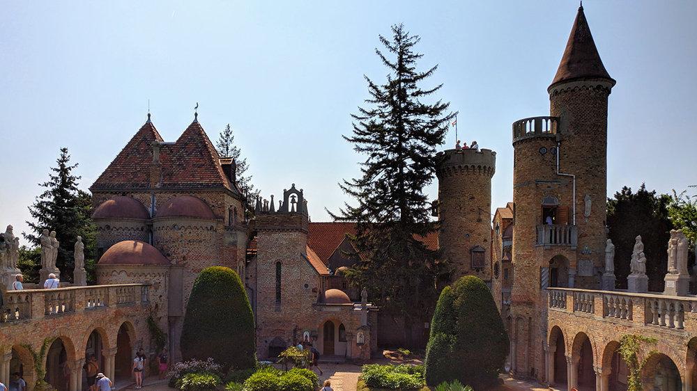 Szekesfehervar Bory Castle 7.jpg