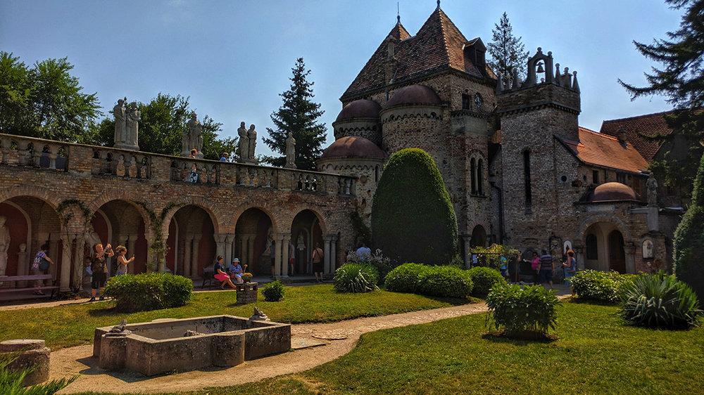 Szekesfehervar Bory Castle 6.jpg