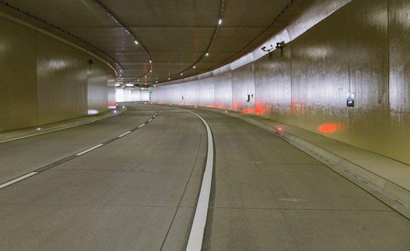 62307945_tunel2.jpg.826d1edc95fde7d976d51581f02a3ed3.jpg