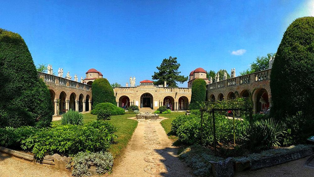 Szekesfehervar_Bory_Castle_14.jpg