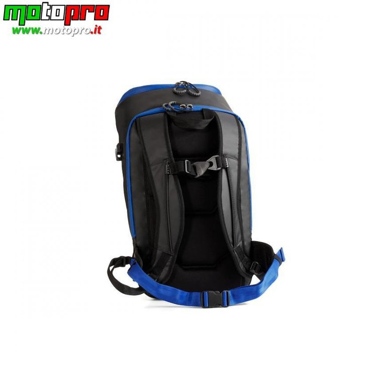 5c659b7c43220_T17-JA002-B4-00-RACE-backpack-Barcelona-Studio-005Tablet.jpg