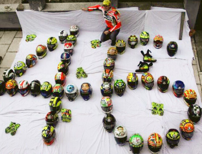 Huge_fan_collection_of_Valentino_Rossi_helmets_–_Valentino_Rossi_Helmets.png