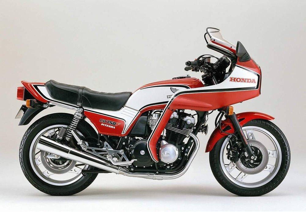 19820820_Honda_CB750F_F2_4_H-213.jpg