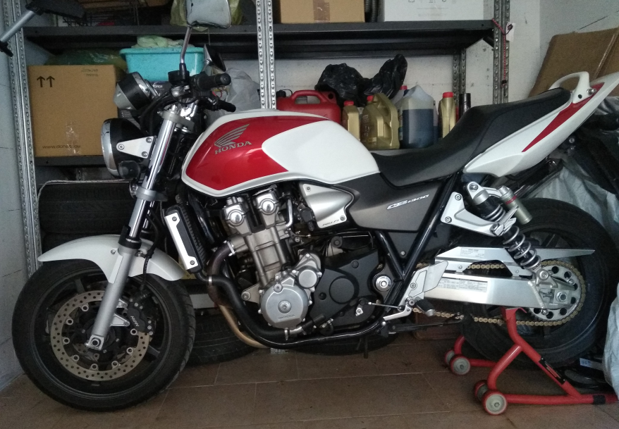 cb1300.png