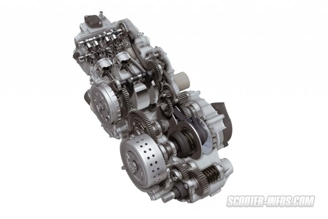 09-Suzuki-Burgman-650-2013.jpg